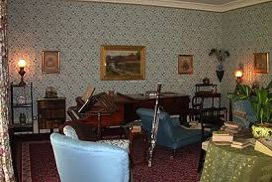 DOWN HOUSE Parlor